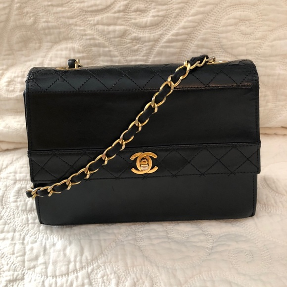 b0246284ecec8c CHANEL Handbags - Vintage Chanel Trapezoid Bag-PRICE FIRM